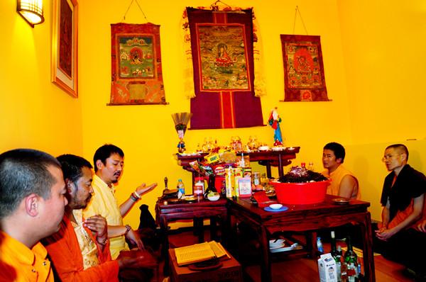 活佛加持(2010年)
